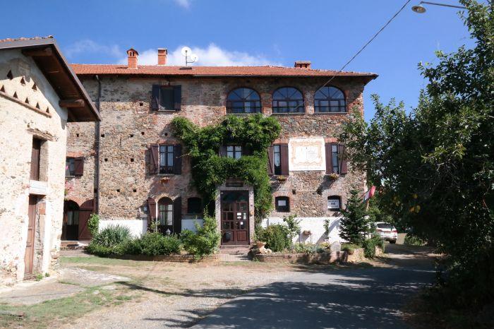 Villa Desasi op grens Piemonte-Ligurie