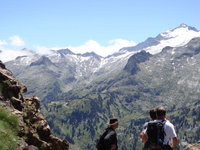 Pyrenees Passions - Gites & Lodges de Charmes & Caractere